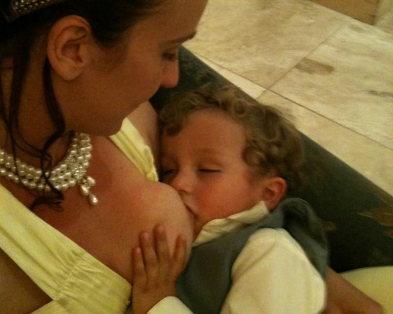 Extended-Breast-feeding