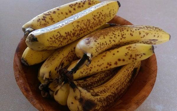 sugar free banana cake