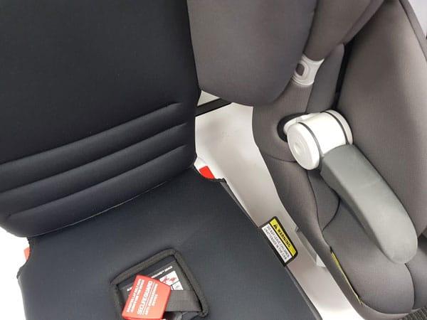 fitting three car seats