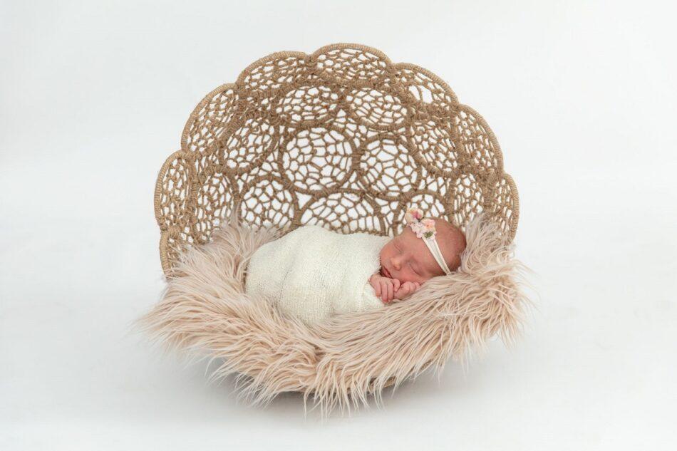 mm photos newborn photography
